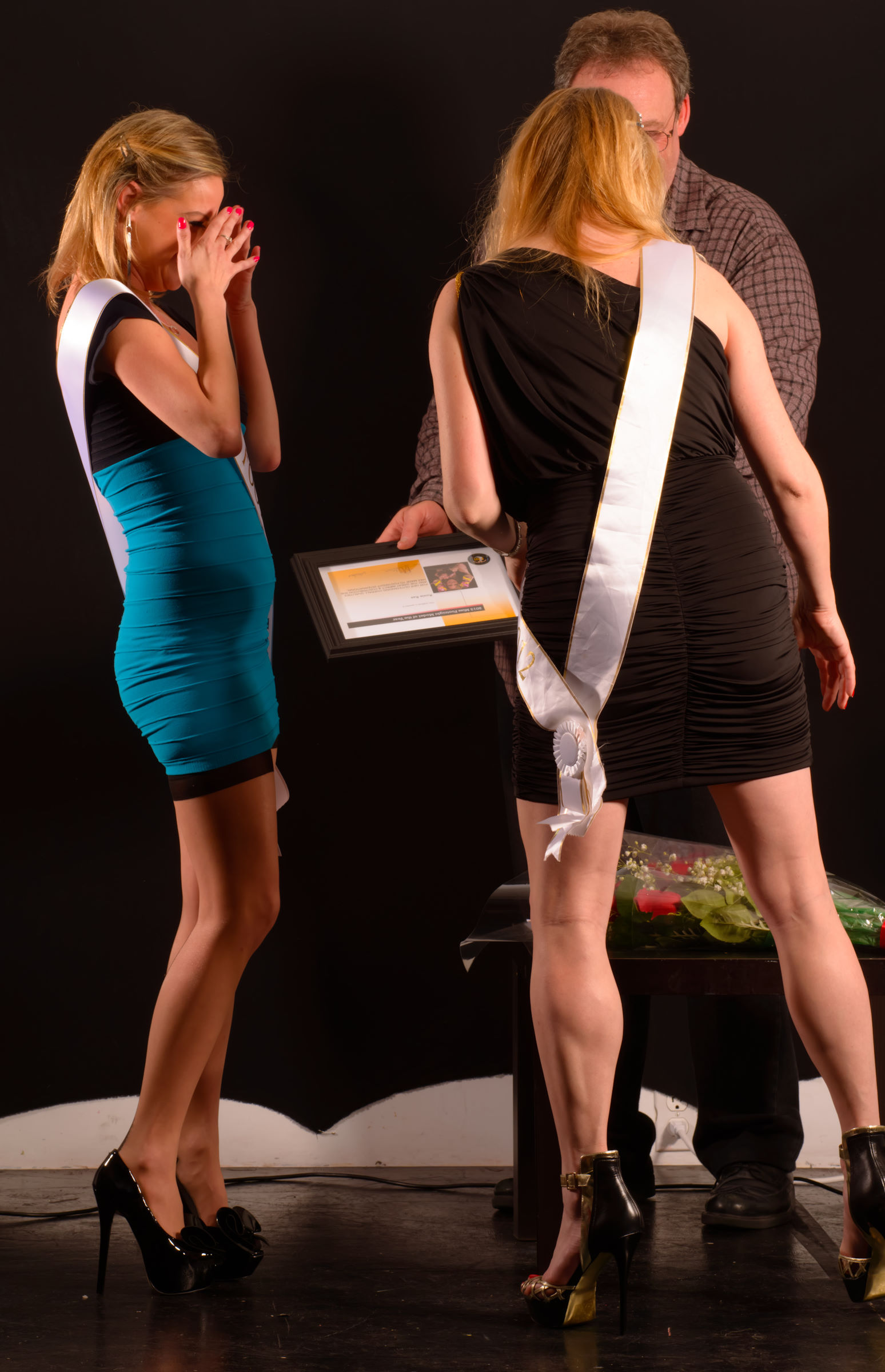 Roxie Rae Crowned 2013 Miss Footnight