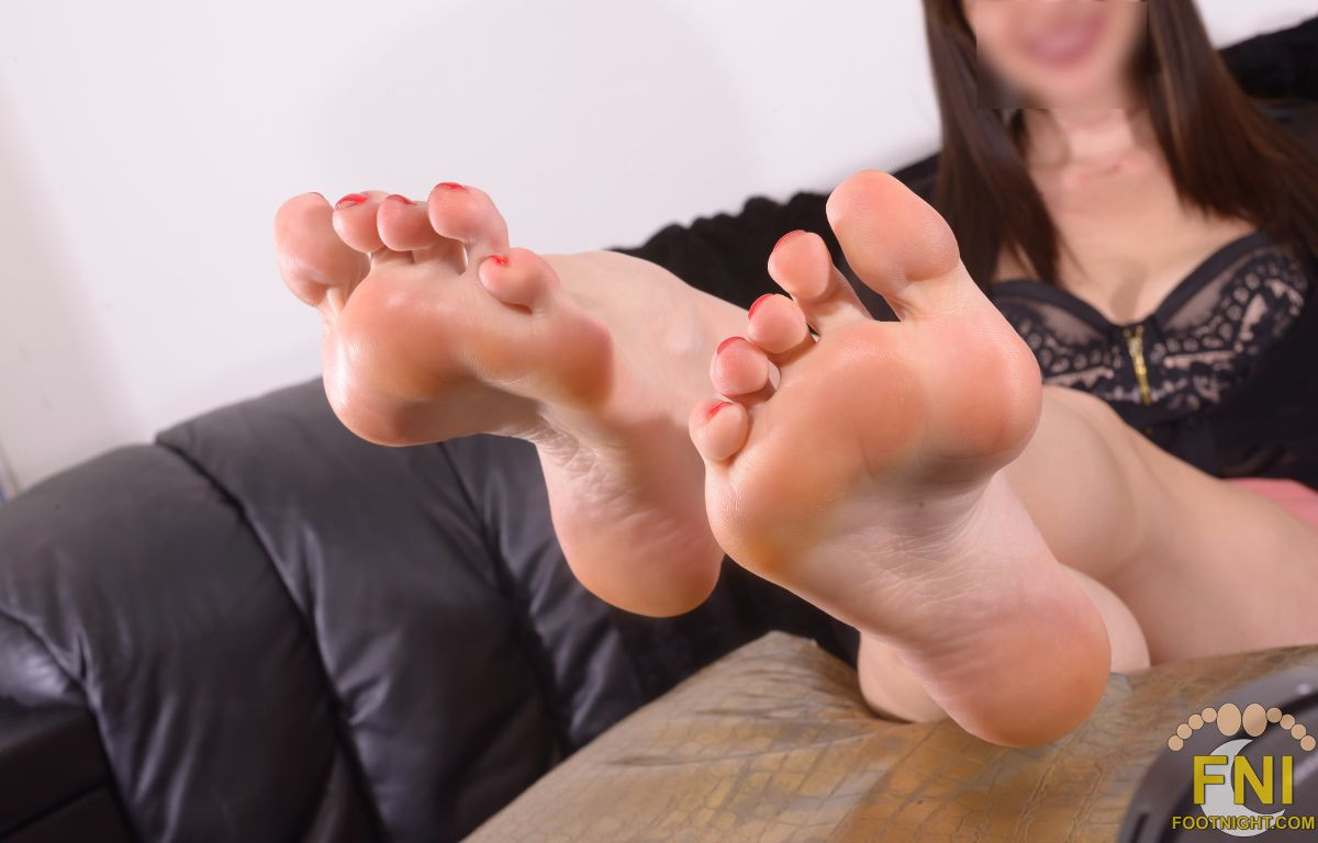 NicholeDaylinn_FootnightLA40